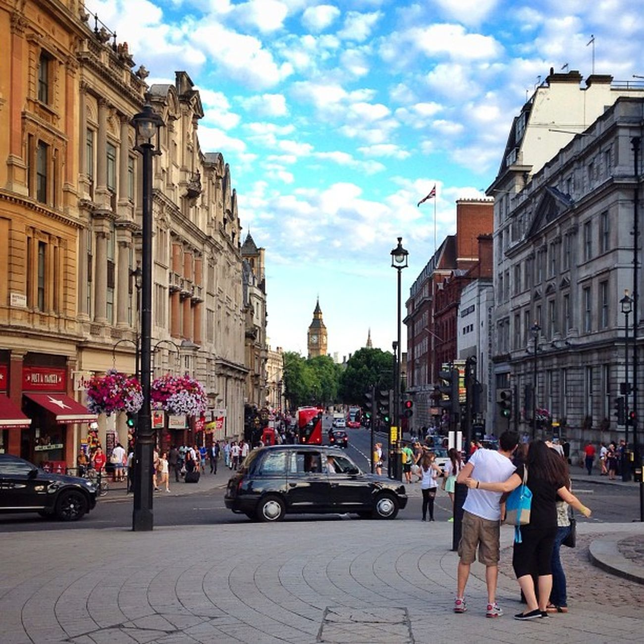 Enjoying #London ☀️?????☀️ #alan_in_london #gf_uk #gang_family #igers_london #insta_london #london_only #thisislondon #ic_cities #ic_cities_london #ig_england #love_london #gi_uk #ig_london #londonpop #allshots_ #aauk Gi_uk Igers_london Ig_england Love_london London Ic_cities_london Ig_london Gang_family Aauk Londonpop Yourturnbritain Allshots_ Top_masters London_only From_city Ic_cities Gf_uk Alan_in_london Insta_london Thisislondon