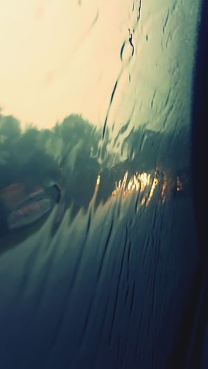 Driving In My Car Moving Forward  Light Reflection Wet Day Wet Glass Wet Out Side Wet Glass Of Window :) Weather Photography Samsung Galaxy S6 Edge View From The Window... Rainy Day Raining Rainy Capture The Moment Taking Photos The Following Samsungphotography