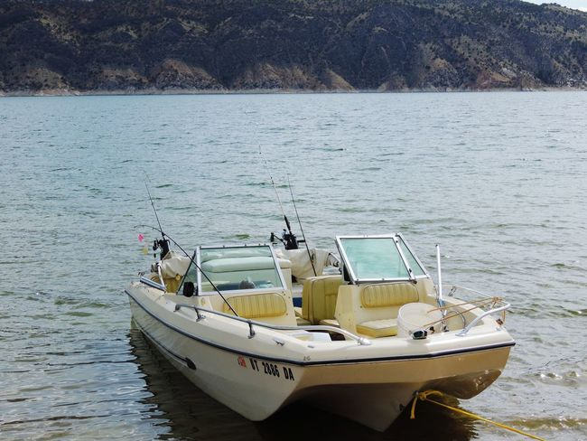 Fishing Tackle Fishing Boat Fishing Pole Fishing Equipment Boating In The Lake Boatsonthewater Water Flaming Gorge, Utah Boat Tied Up Outdoors Lake View Landscape Waterphotography Waves