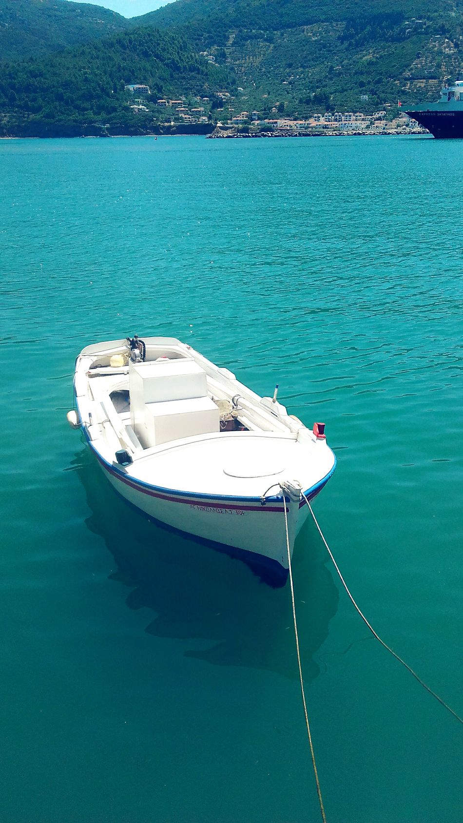 Taking Photos Boat Enjoying Life Fresh Relaxing Fresh AF White Blue Likeforlike Like4like Skiathosisland Skiathos Greek Boat Skiathos_island Greece Blue And White Water Reflections Water Waves Boats Sea Sea View Sea And Sky Detail