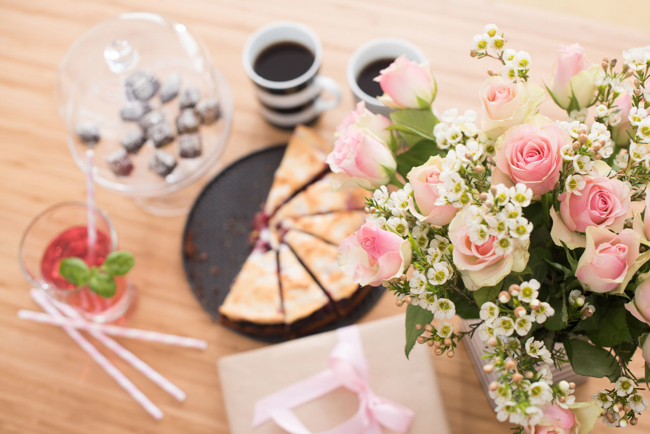 Beautiful stock photos of geburtstagskuchen, freshness, flower, table, indoors