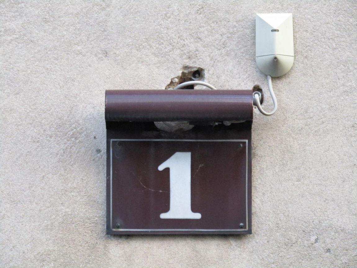 Outdoors Hausnummer House Number Eins One Schild Sign Plate Vienna Wien Austria