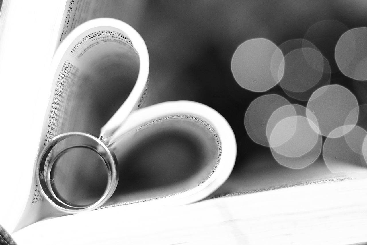 #blackandwhite #Bokeh #couple #EyeEmNewHere #love #monochrome #Monochrome Photography #rings #shapes @HeartOfMyanmar