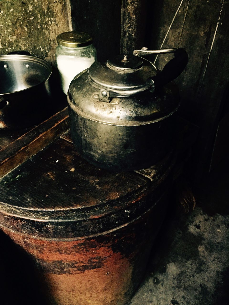 indoors, no people, high angle view, close-up, stove, day