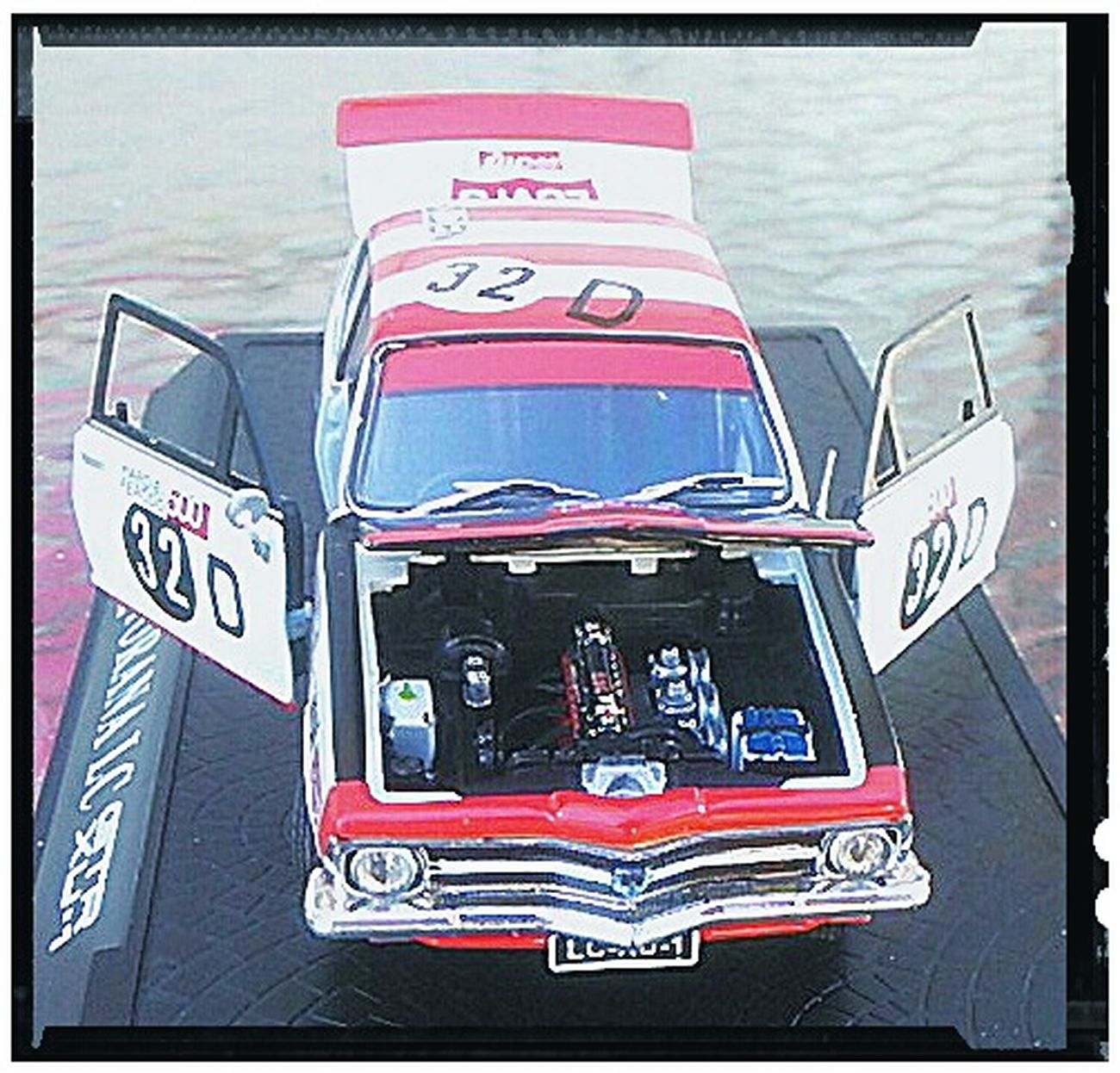 Holden Dealer Team Racing Cars GTR_XU-1_Torana Holden Torana GTR H.D.T. XU-1 Cars GMH Car Brock Motorsport Brock Car Racing Carporn Car Porn Fast Cars... Motorsports Fast Cars Check This Out Checkthisout General Motors Holden Fast Car Holden Torana Racing Car