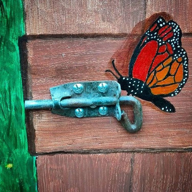 Wooden_hue Latch Gate Painted Fauxgate Butterfly Art Colors_ofourlives Tv_colors Pocket_colors Rainbow Wall Colors Colours Colorful Colourful Be_one_colours Igw_colors Loves_united_colors Total_colors Wooden_hue_art