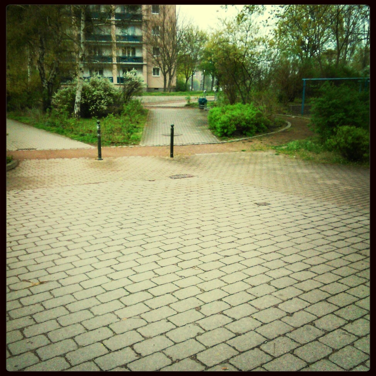 am rondel Langeweile#draußen#spaß#haben#mit#freundin#swag#love :-*