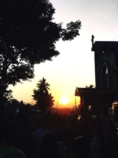 July2k17 LastFridayofthe Month.. Sunset Real People Sky Crowd Outdoors Large Group Of People Schoolmates GoesFitTastic Funny Moments Funrun Happy