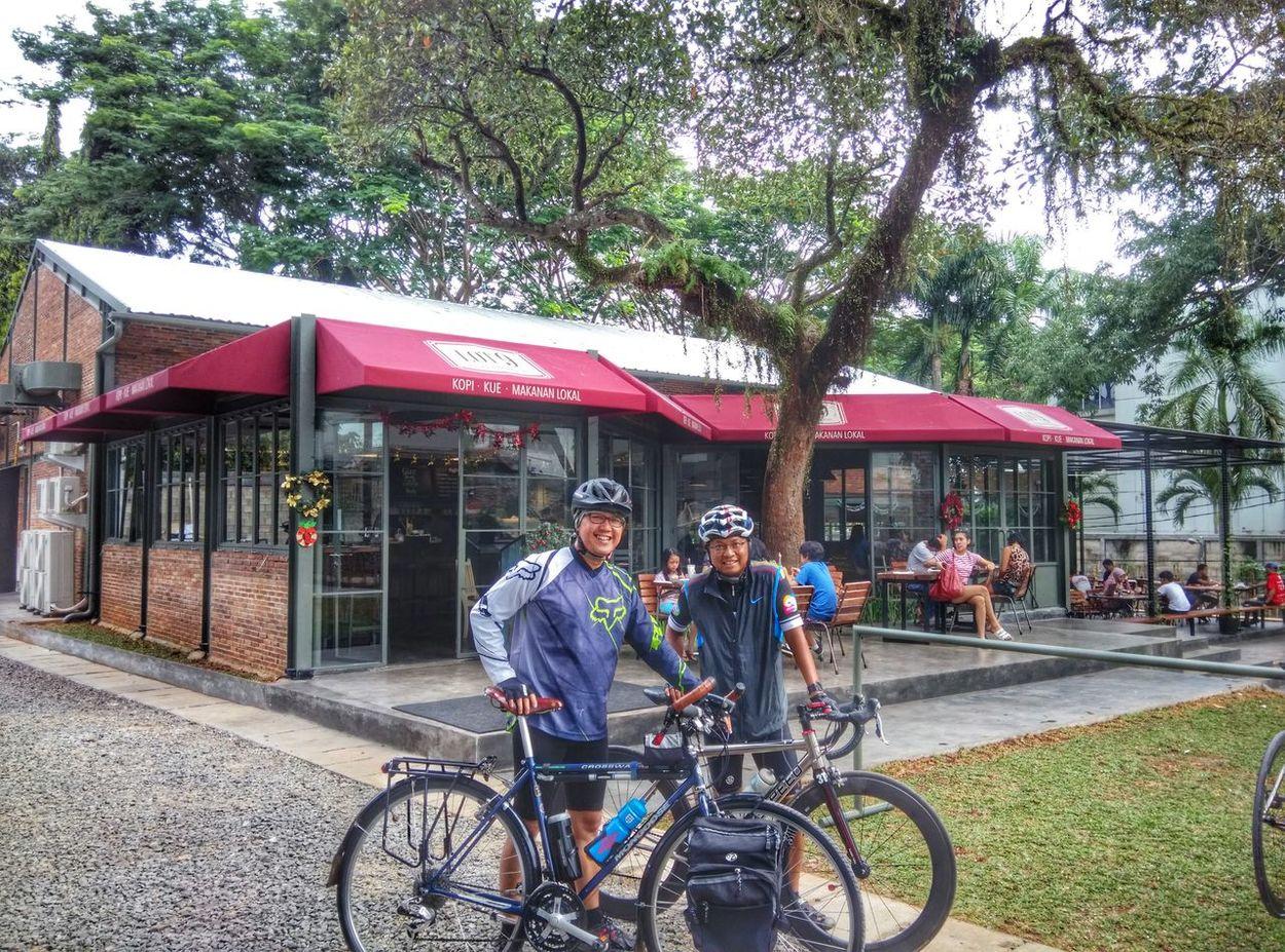 Morning ride... Good Morning Bicycles Cafe Enjoying Life