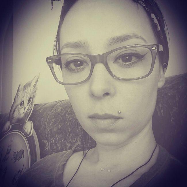 Pinup PinUpGirl Pinupqueen Glasses Redglasses BORED! ıstanbul Just Me Kitty Piercing
