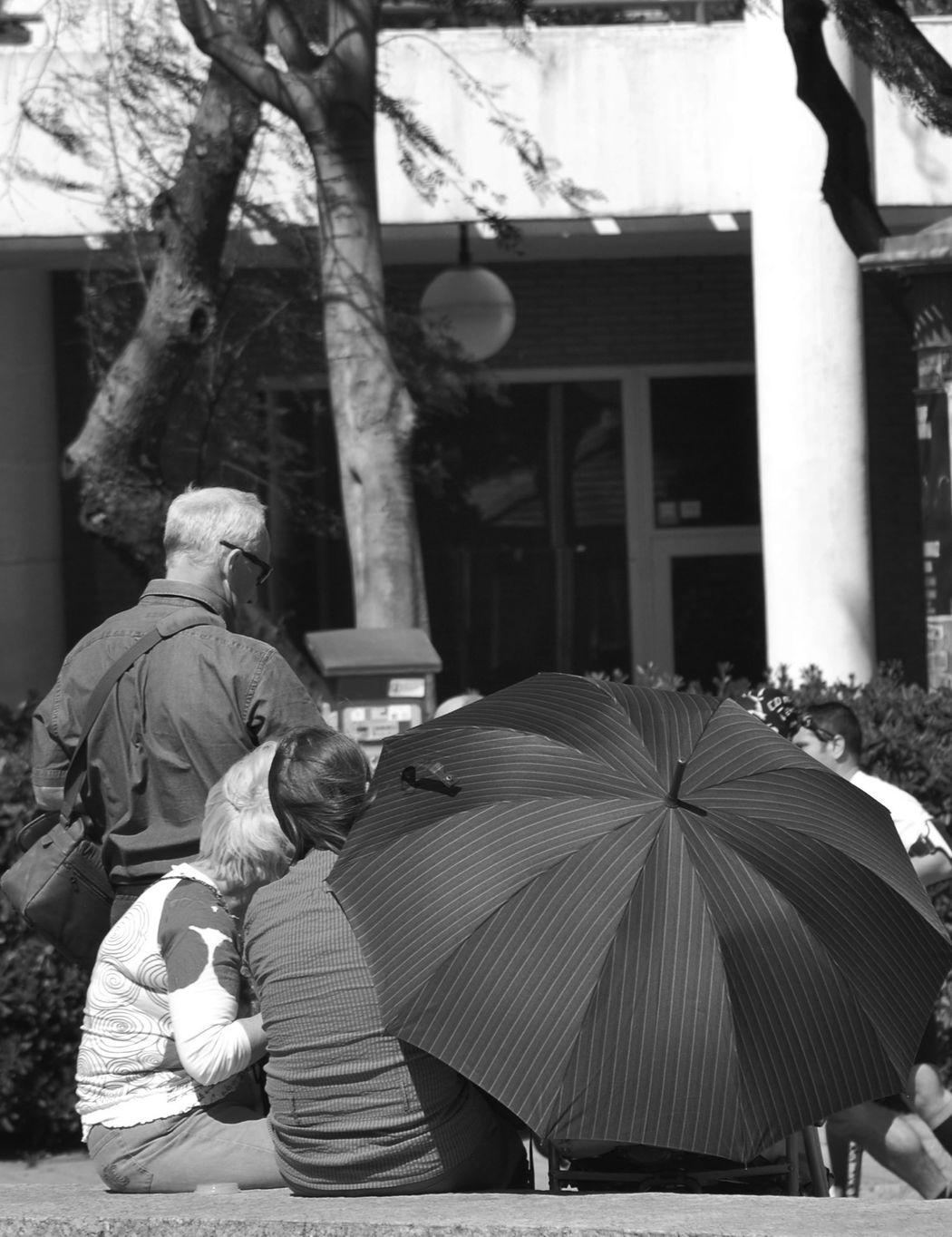 A Walk Through Barcelona EyeEm Bnw Eye4black&white Black Umbrella
