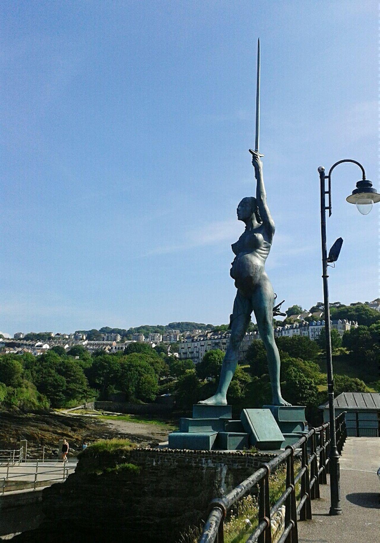 Summer Memories 🌄 Statue Ilfracombe, Devon. Books Knowledge