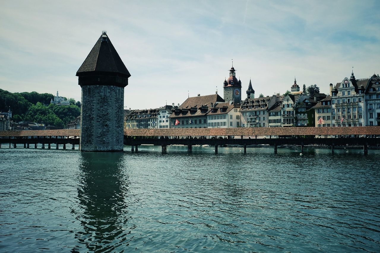 Pics for 20I7 EyeEm Awards~54 Architecture Jacklycat®2017 Kappelbrücke O-Yeah😊😄😆 Streetphotography The Architect - 2017 EyeEm Awards The Great Outdoors - 2017 EyeEm Awards Thank You My Friends 😊 Been There.
