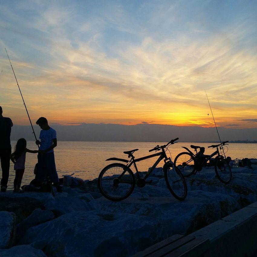 Sunset Lovers Summer ☀ Suadiyesahil Relaxing Istanbul Turkey Enjoying Life Hi!