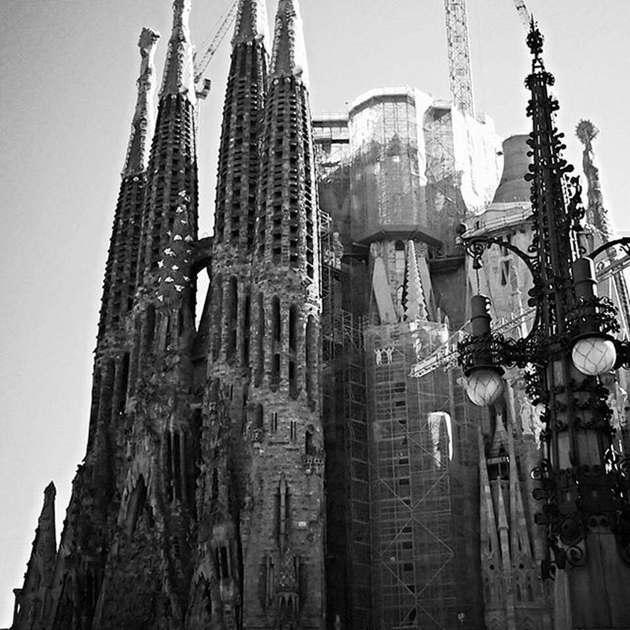 Tb Memories Barcelona Sagradafamilia Black White