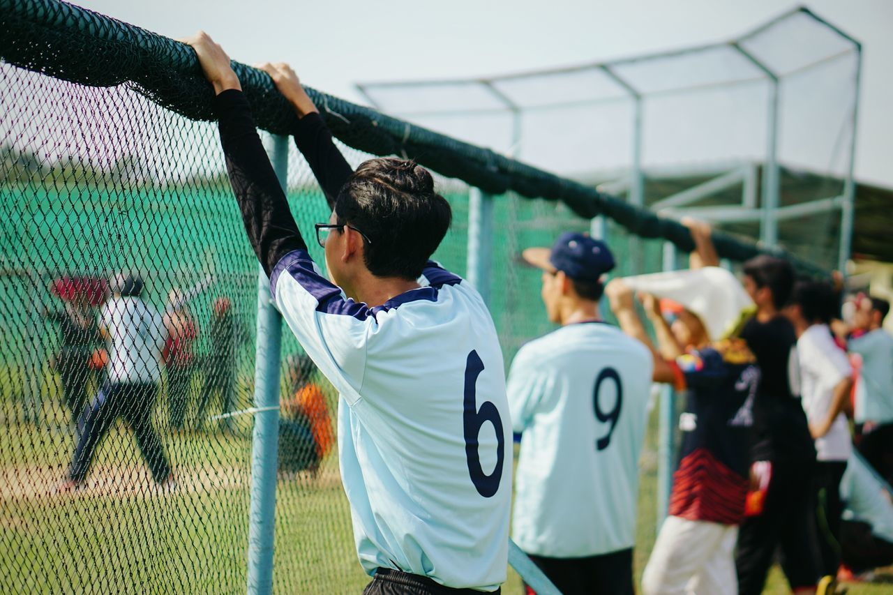 Candid Lifestyles Sport People Only Men Adults Only Baseball - Sport Soccer Player Softball Sony A6000 Adult Sports Clothing Day Match - Sport Outdoors Sportsman Sports Team Self Improvement My Year My View
