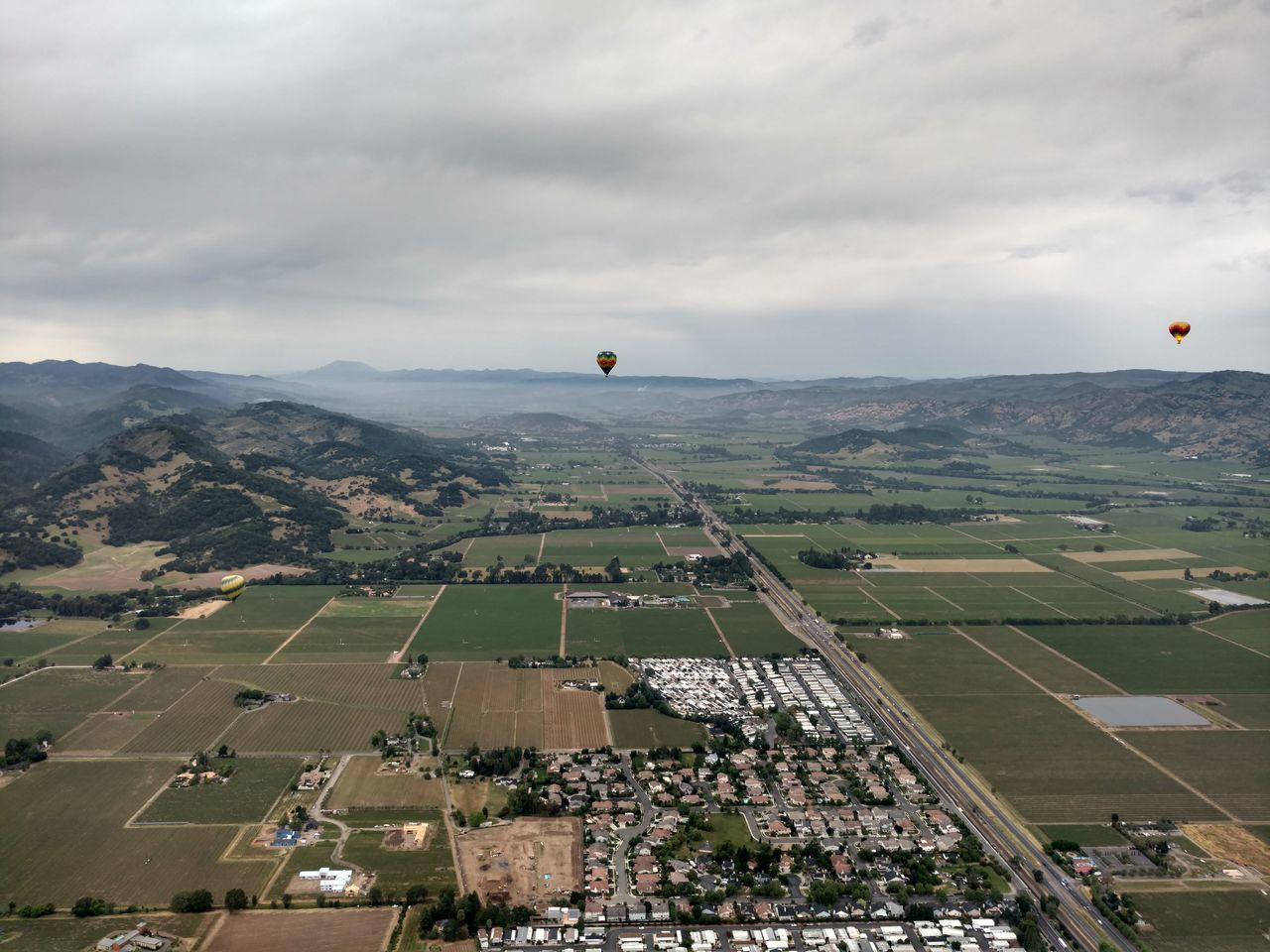 Aerial view of Napa Valley as seen from a Hot Air Balloon. Napa Valley is a beautiful area in the heart of California Wine Country. Aerial Winery Grapes 🍇 Horizon Over Land Landscape Napa Valley Nature Outdoors Sky