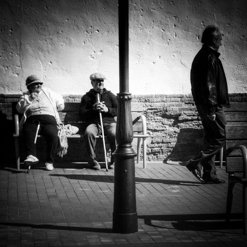 Enjoying The Sun Blackandwithe Vintage Taking Photos Blackandwhite Monochrome Black And White Black & White Movilgrafias Photo