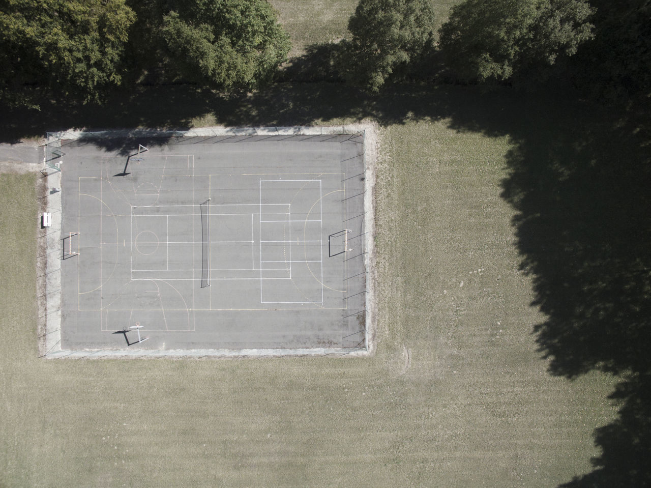 Aerial Aerial Shot Aerial View Architecture Architecture_collection Close-up Day Flying High Green Lines Minimal Minimalism Minimalobsession No People Outdoors Playground Playground Equipment Tennis Tenniscourt Tree