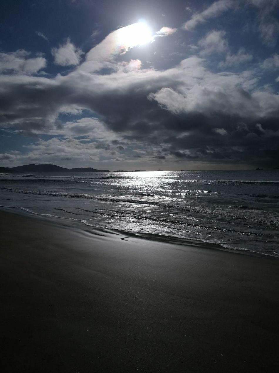 Boa tarde 😊 Sea Beach Water Landscape Dramatic Sky Reflection Beauty In Nature Huawei Shots Huaweimate9 Huawei Huaweishot Stravaphoto Sunday Morning Nature Photography Eye4photography