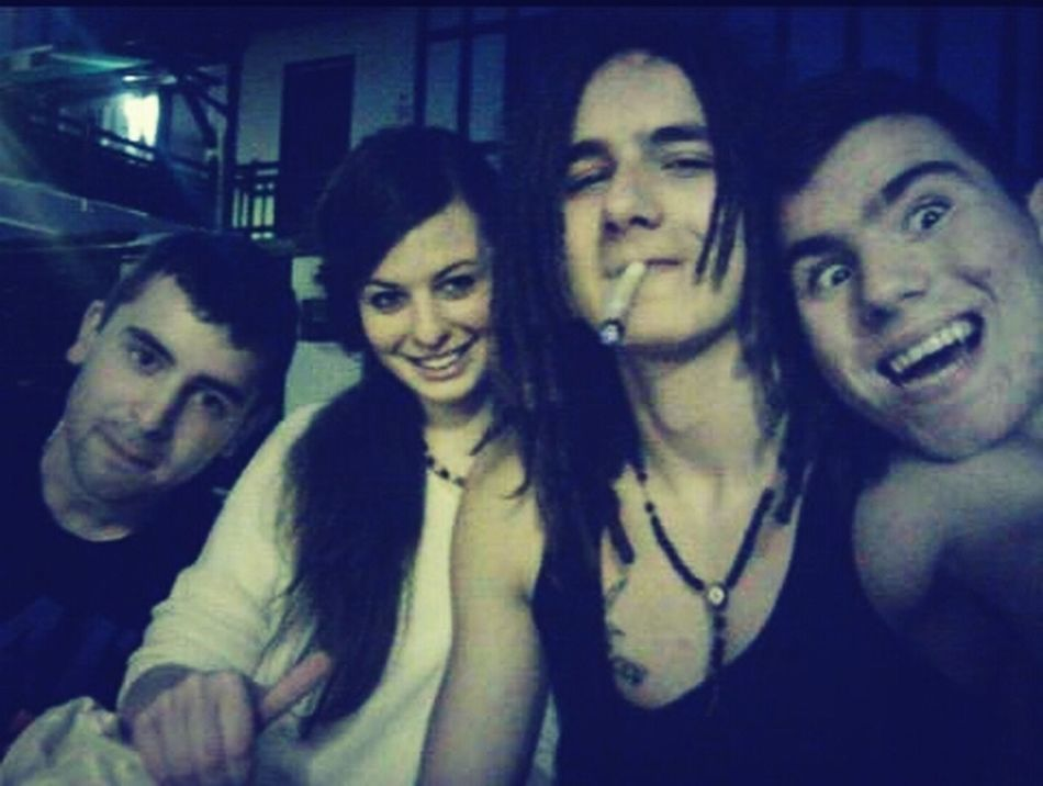 whit My Friends Smoking Weed Fumando Hierba ;) Smile