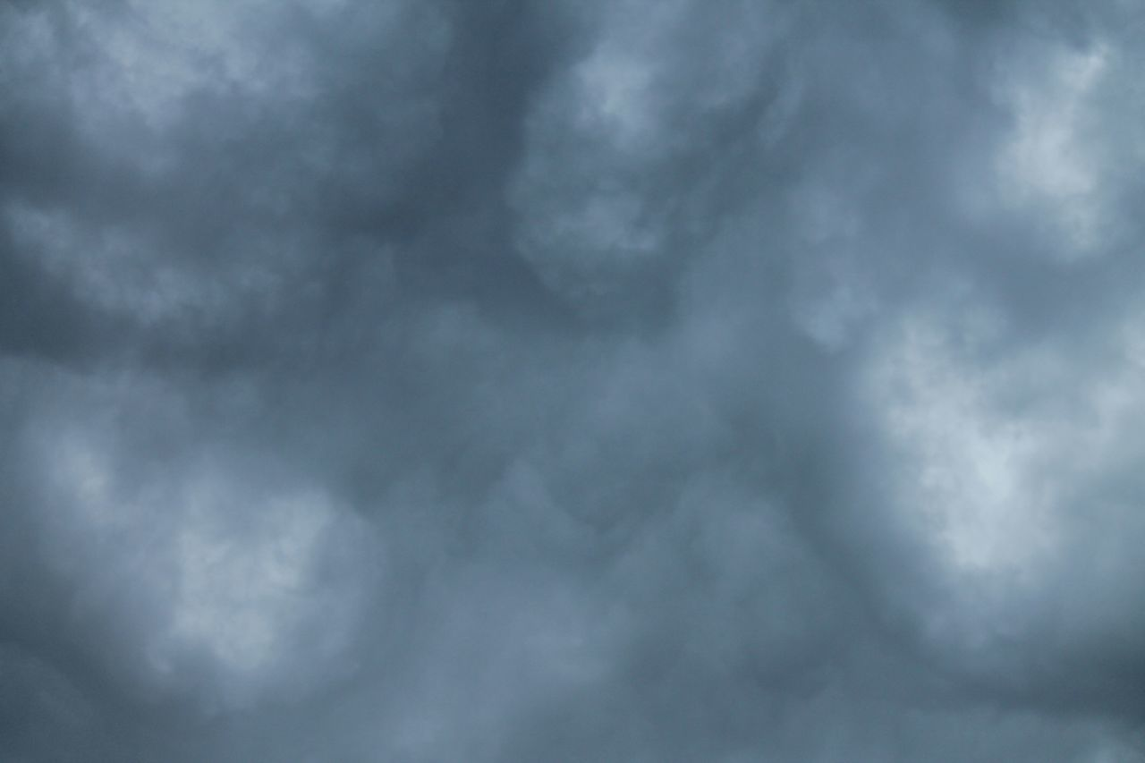 cloud - sky, weather, sky, nature, cloudscape, beauty in nature, backgrounds, no people, storm cloud, storm, day, scenics, outdoors, sky only, tranquility, low angle view, full frame, thunderstorm