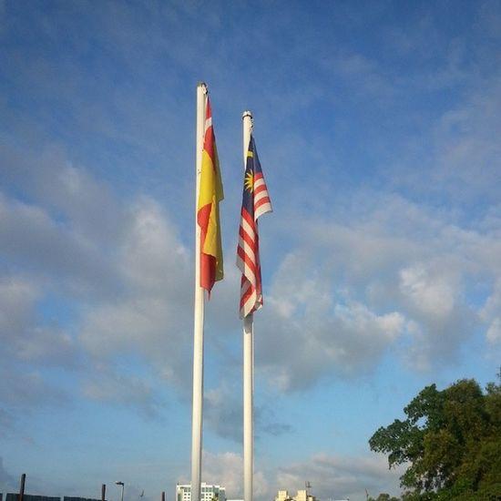 Selamat pagi Malaysia Morningmalaysia Flag Selangor Malaysia location ig_malaysia ig_malaysia_ igermalaysia pictureoftheday samsungS3 ilovephotography TRAVELOQUE indahnyakasihsayang AidahKasri AK