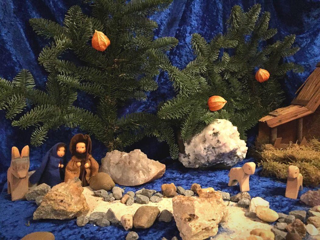 Christmastime Christmas Decorations Maria Joseph Donkey Sheep Christmas Crib  Crib Creche Christmas Creche For Children Children Myth Story Christmas Time Decoration Away Walk