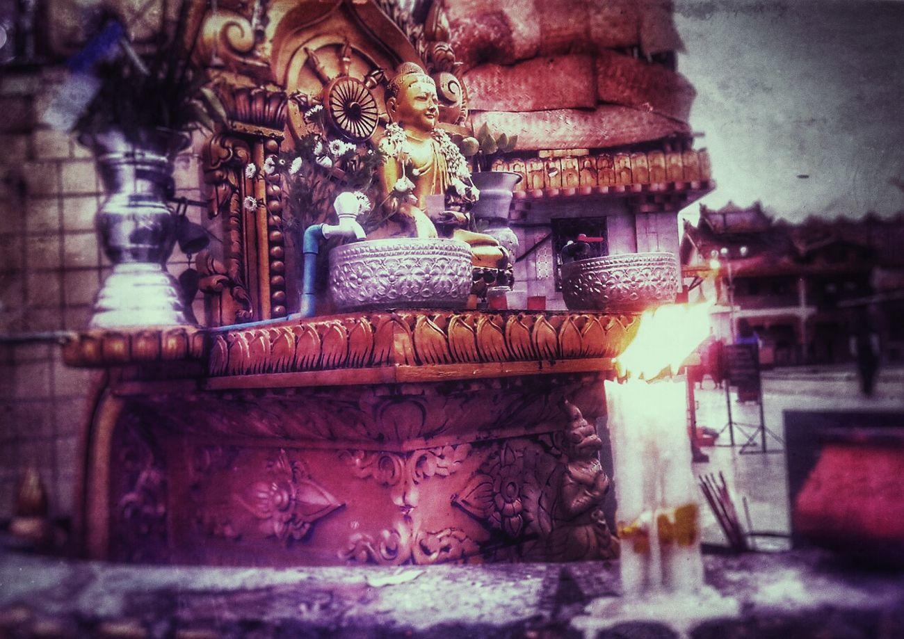 Sunday Corner at Botahtaung Pagoda. Pagoda Budda Statue Sunday Corner တနၤဂေႏြေထာင့္ ဂဠုန္ Candlelight Watertubing