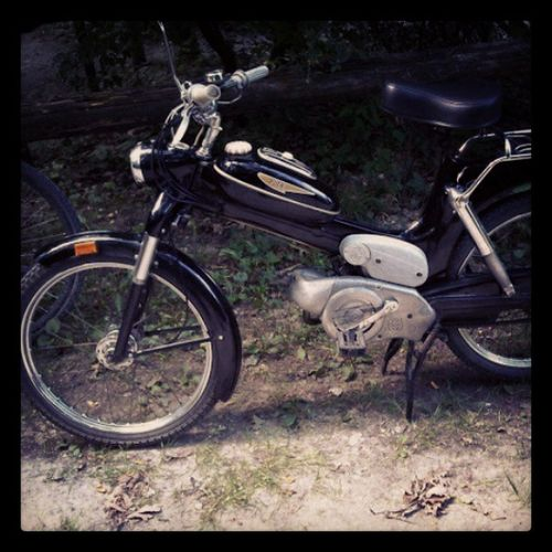 things i ride in my childhood :) #motorbike #puch #ms50 #black Black Motorbike Puch Ms50
