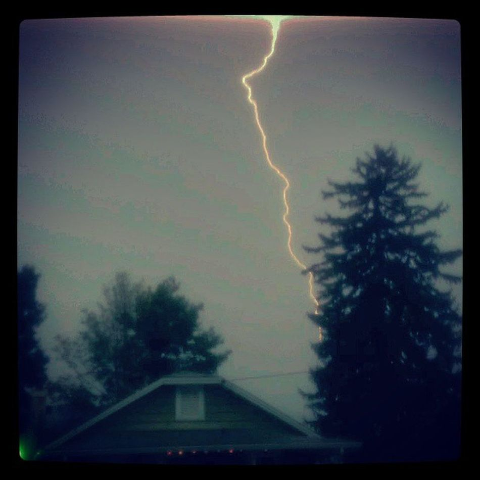 Lucky strike Weatherpics Lightning ReadingPA Summer