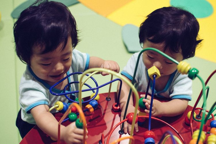 Babies ♥♥♥ Baby Photography Baby Playing Twin Babies TWINS ♥ 双子 双子の赤ちゃん
