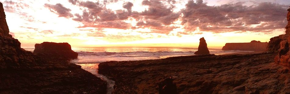 Sunset from the crack. Enjoying The Sun Sunshine Being A Beach Bum Sea Relaxing Landscape Beach Seascape California Jtbaskinphoto