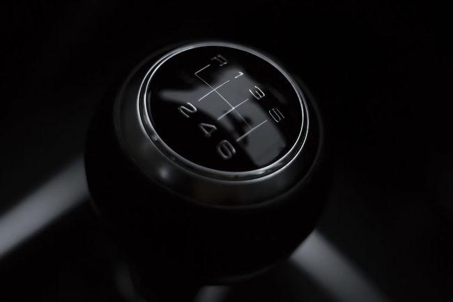 Gear knob [Vivitar >Komine< 55mm f/2.8 Macro] Car Car Interior Close-up Clutch Gear Gear Knob Gear Stick Knob Manual Manual Gear Shift Modern Numbers Shift Knob Technology