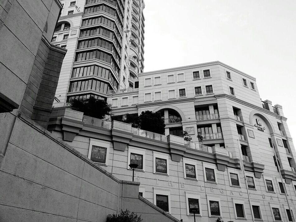 Hanging Out Blackandwhite Sandton Southafrica Mandela Square Architecture_bw