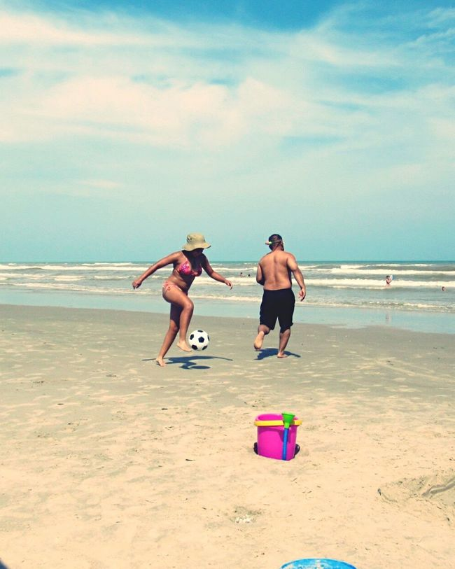 Eyem People Together North Padre Island Hanging Out Beach Fun Beachphotography Sunny Day Happy People Enjoying Life Eyeemphoto Family❤ Taking Photos Movement Photography Soccer On The Beach Sand & Sea Sport Sports Photography