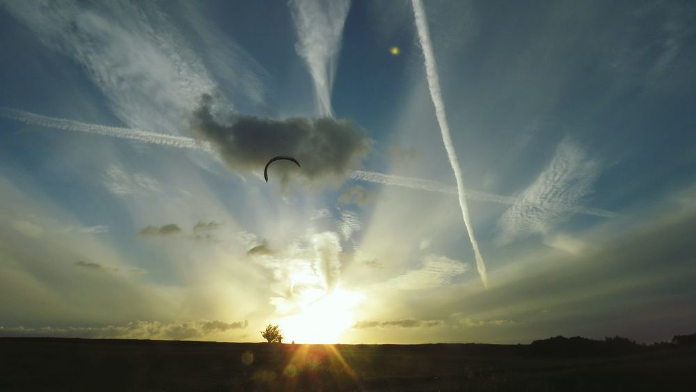 Outdoors Nature Sky Day People Vapor Trail Spread Wings Cloud - Sky Paragliding Parachute Sunlight