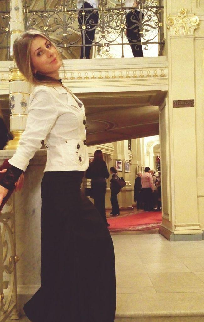 О, Моцарт, Моцарт! Enjoying The Music Opéra Being Cultured