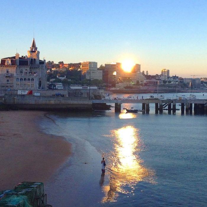 Reflexão da reflexão Cascais Portugal Igukraine Instagram Igportugal Iphoneonly Igersukraine Sunset Ocean Atlanticocean Beach Praia Oceano Oceanoatlantico Reflection