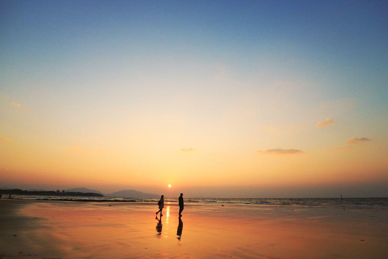 バレンタインイヴ(笑) Beach Sea Seascape February 2017 Sunset Silhouettes Cold Days Sunset Beauty In Nature Thank You Today Fukuoka Fukuoka,Japan