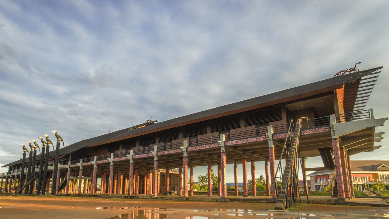 Beautiful traditional house from Dayak Tribe. Architecture Dayak Culture Ethnic Ethnic House INDONESIA Indonesia Culture Traditional Culture West Borneo