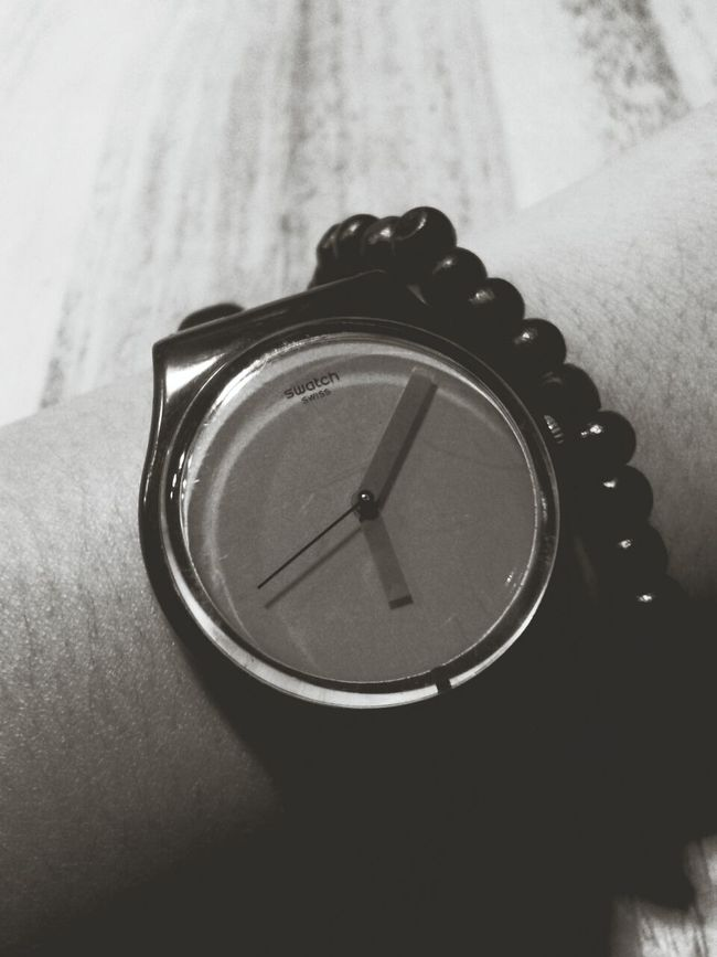 Capa Filter Black And White Swatch