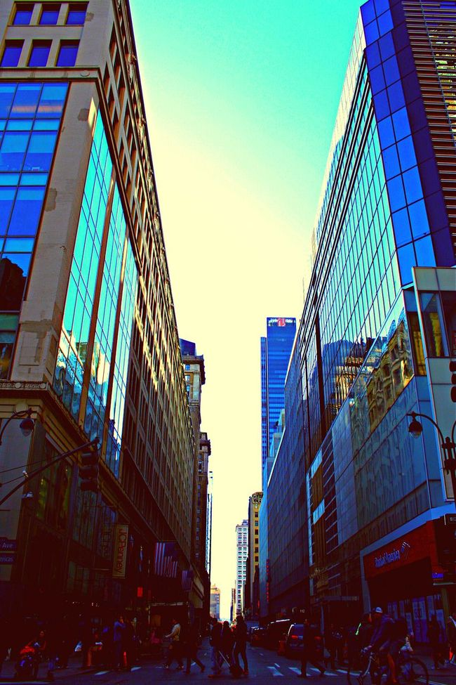 City Life Streetphotography Buildings & Sky Lookingup Wide Open Non Stop  In The City NYC LIFE ♥