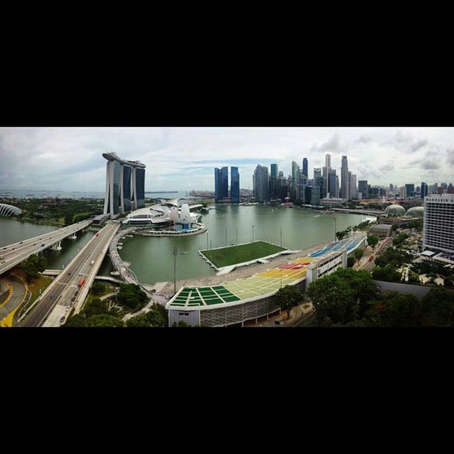 Awesome View! Marinabay Squaredroid