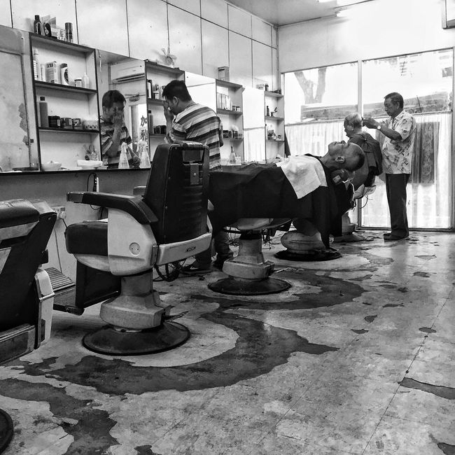 Gaya Street, Kota Kinabalu Check This Out That's Me Hanging Out Hello World Blackandwhite Photography Streetphotography Everydayborneo Documentary Photography Streetphoto_bw Taking Photos