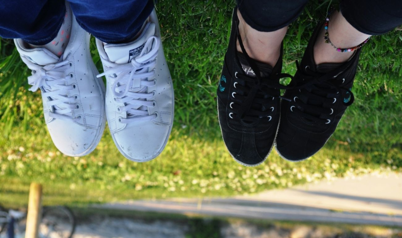 Shoes Bestfriend Sneakers Grass Blackandwhite Clearday Green Green Grass Green Color Siyahbeyaz
