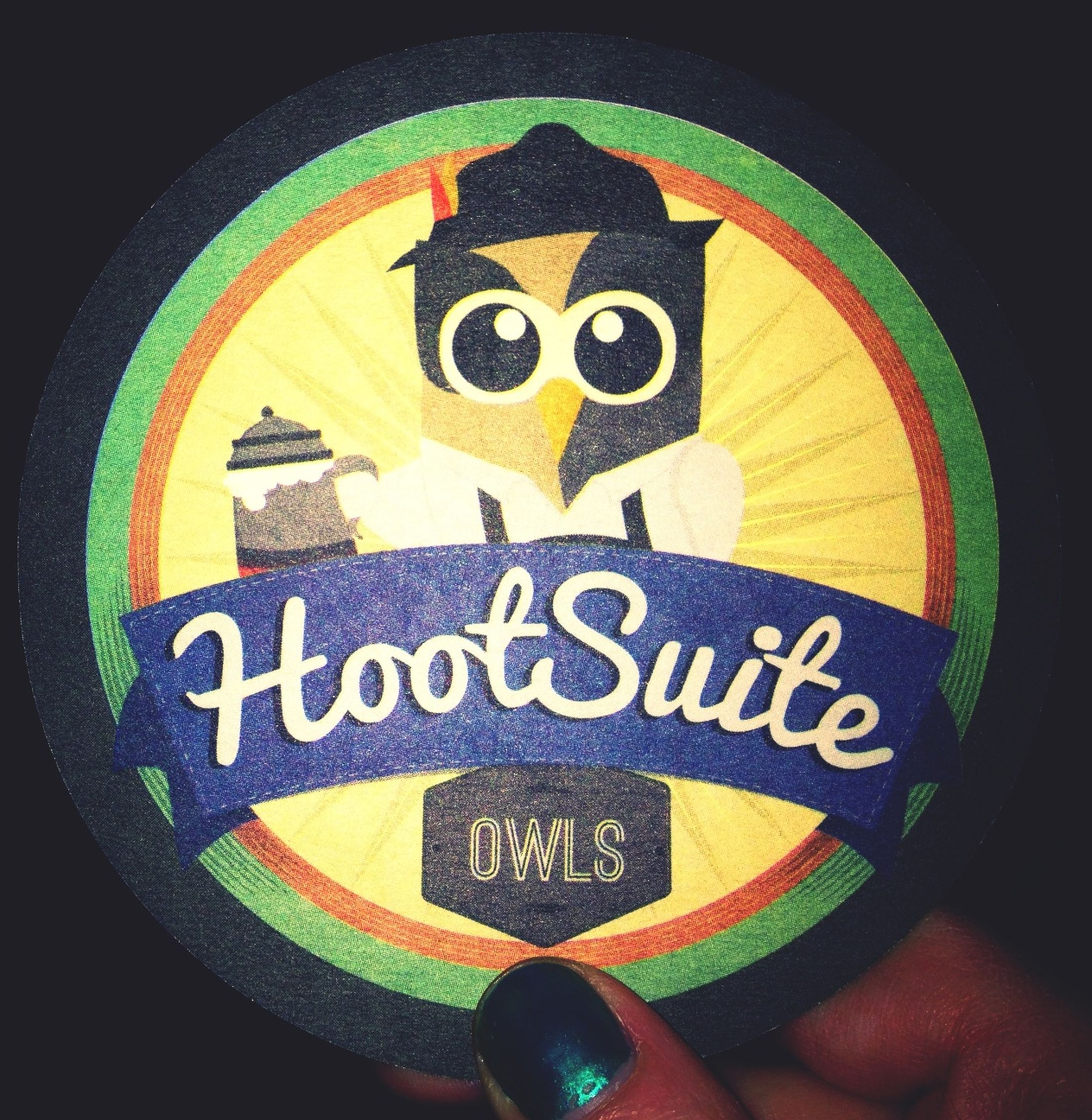Love Hootsuite's branding... owls, beer and social media. Workshop at #FPLiv
