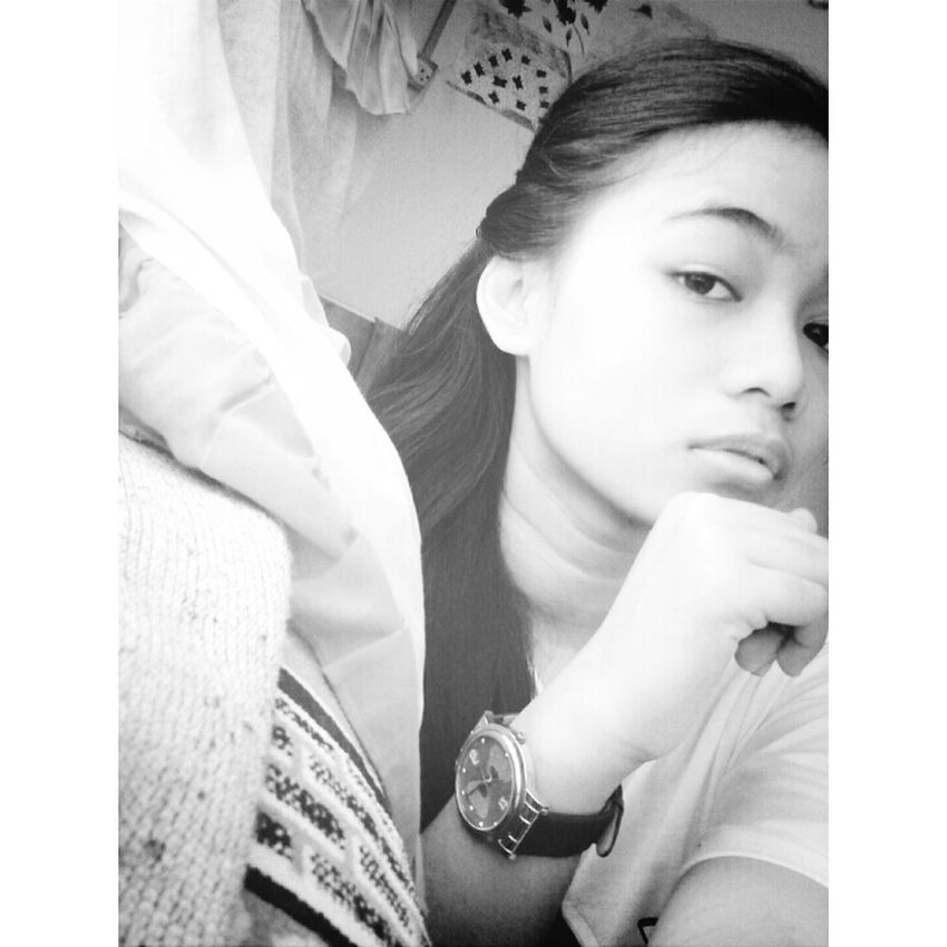 Selfie ✌ Goodafternoon :) Blackandwhite Bored