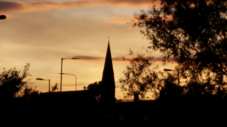 Sunset Beautiful Right Place Right Time Clouds And Sky Twilight Uk England Clear Sky Skyline Silhouette Taking Photos Late Night Enjoying Life Making My Mark Pure Moment Sunset Silhouettes Church Atherton