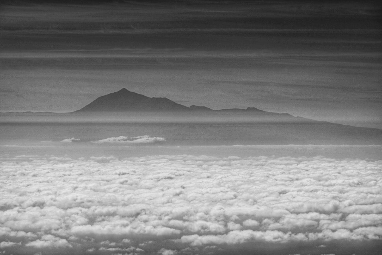 Nature Scenics Cloud - Sky Mountain Tranquility Outdoors Landscape Day No People Beauty In Nature Sky Monochrome La Palma, Canarias Tenerife Spain